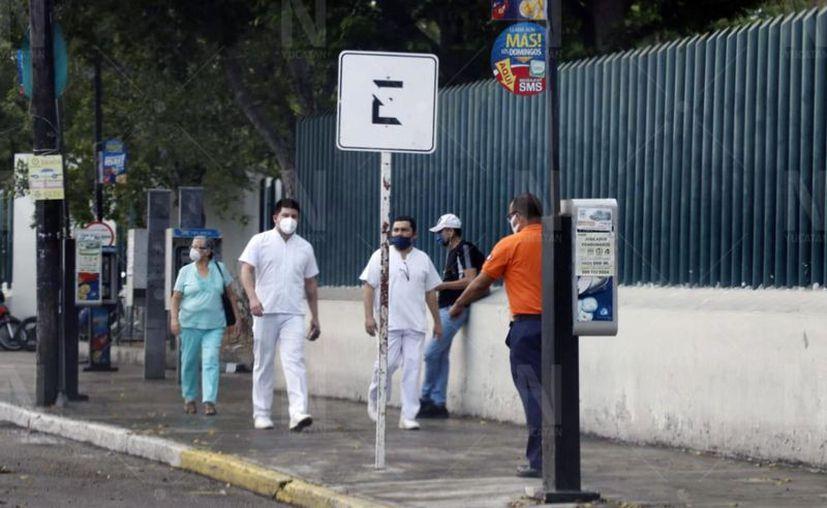Desde el inicio de la contingencia sanitaria por el coronavirus, el personal médico ha sido víctima de agresiones en varias partes del país. (José Acosta/Novedades Yucatán)