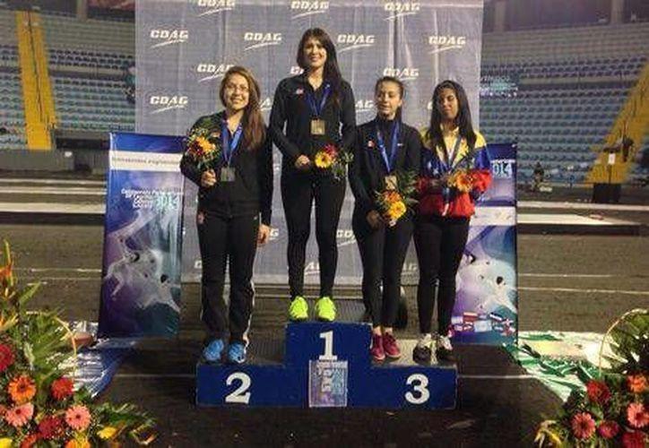 La queretana Paola Pliego ganó medalla de oro en Guatemala. Completan el podio sus compatriotas  Vanesa Infante y Julieta Toledo. (Milenio/Foto especial)