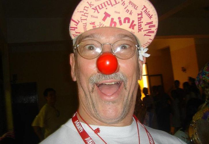 Hunter Adams visita México para compartir una vez más su experiencia. (Wikipedia)