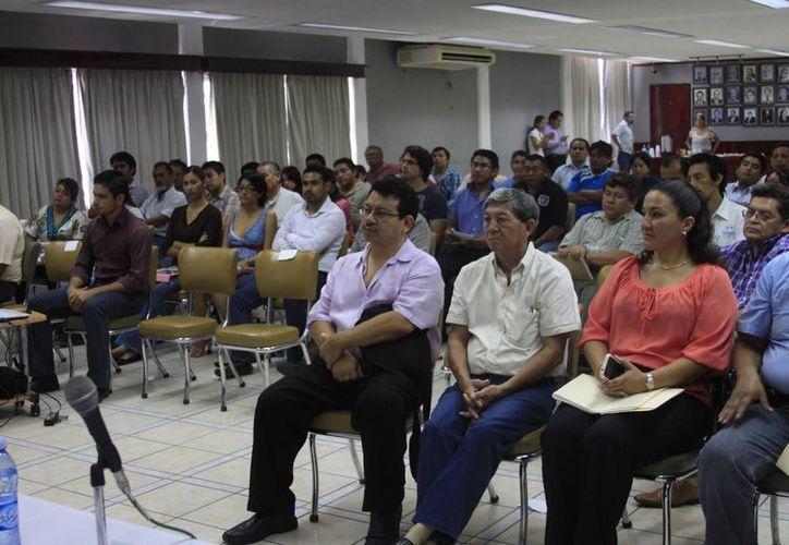El evento empresarial se celebró en el auditorio de la Canaco. (Harold Alcocer/SIPSE)