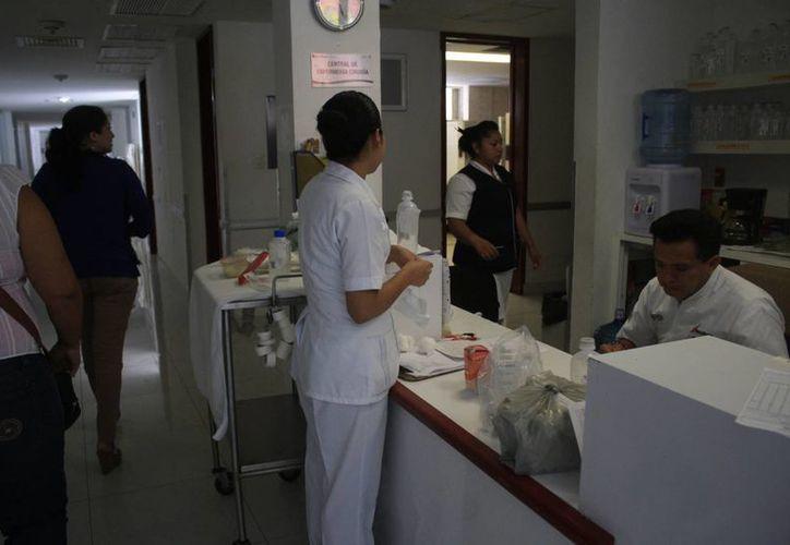 La comisión Estatal de los Derechos Humanos encontró, durante la inspección a hospitales y centros de salud, las mayores deficiencias. (Harold Alcocer/SIPSE)