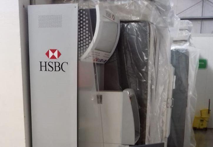 Se desconoce cuánto dinero robaron los delincuentes del cajero automático. (Redacción/SIPSE)