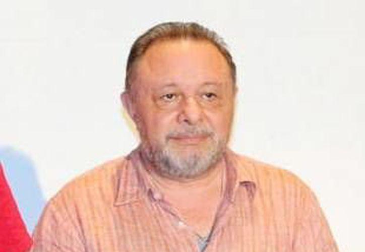 El investigador y dramaturgo Fernando Muñoz Castillo considera la creación de una compilación de las obras de los escritores yucatecos, ya que considera que la dramaturgia ha resurgido en los últimos 10 años en Yucatán.(Milenio Novedades)