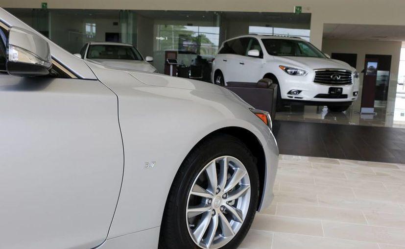 La comercialización de vehículos nuevos va en ascenso en el país. (Milenio Novedades)