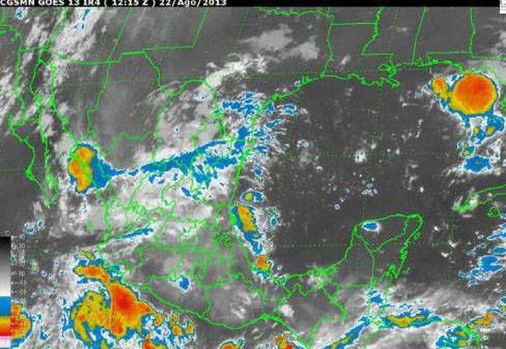 En Quintana Roo se espera un ambiente caluroso con cielo nublado. La probabilidad de precipitación es del 40%. (Conagua)