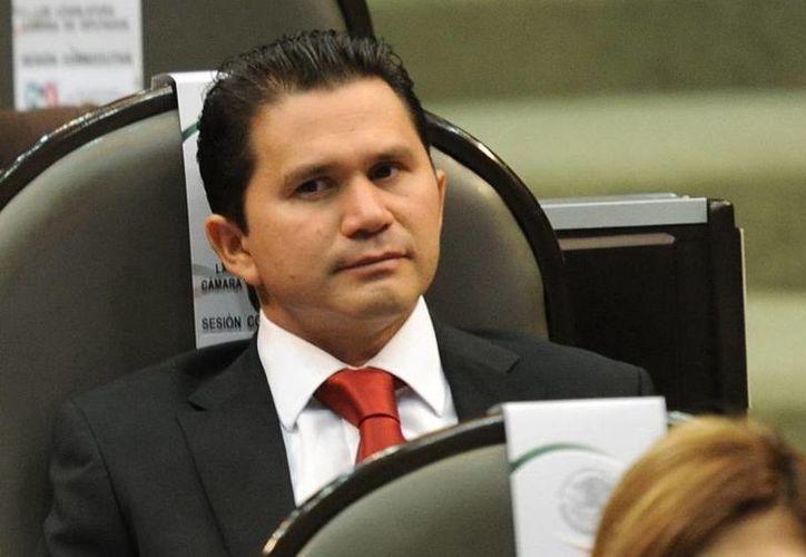 l consejero del Poder Legislativo del Instituto Nacional Electoral (INE), Mauricio Sahuí Rivero, informó acerca del proceso de selección de consejeros electorales del Organismo Público Local (OPLE).