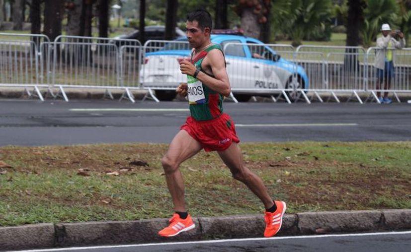 Ramos Vargas corrió los 42 kilómetros 195 metros en dos horas, 41 minutos y 50 segundos. (Notimex)