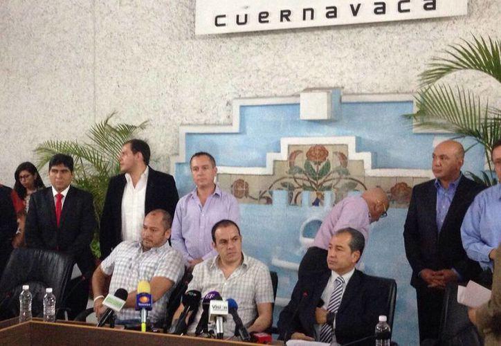 Imagen de la rueda de prensa presidida por Cuauhtémoc Blanco, Presidente Municipal de Cuernavaca, en donde reiteró la postura de su negativa al Mando Único. (cuernavaca.gob.mx)