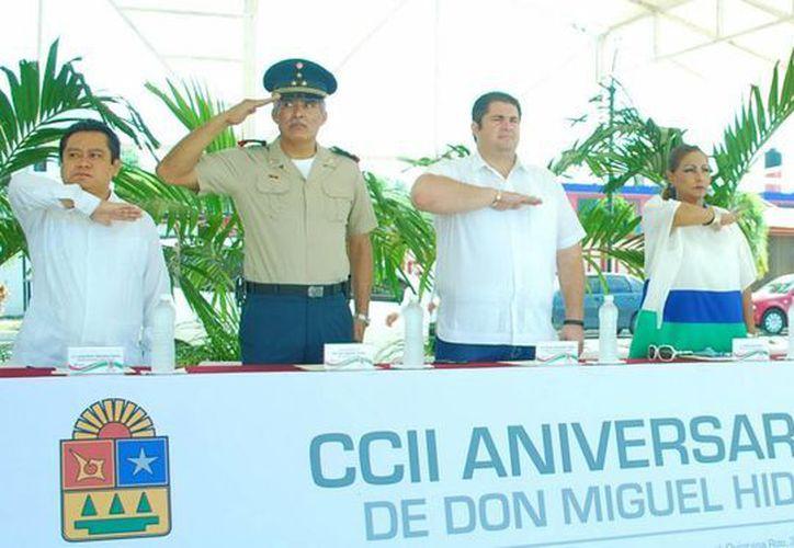 El acto se realizó en el Monumento a la Patria de la ciudad de Chetumal. (Redacción/SIPSE)