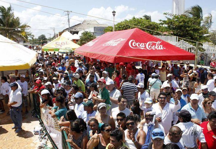 Pescadores de Puerto Morelos esperan con entusiasmo esta competencia. (Redacción/SIPSE)