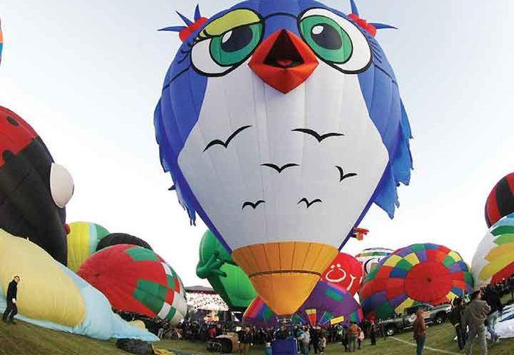El Festival del Globo contó con pilotos de 23 países, quienes surcaron el cielo de León, Guanajuato. (Notimex).