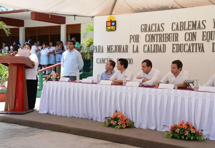 """La donación fue hecha por la asociación """"Únete"""". (Victoria González/SIPSE)"""