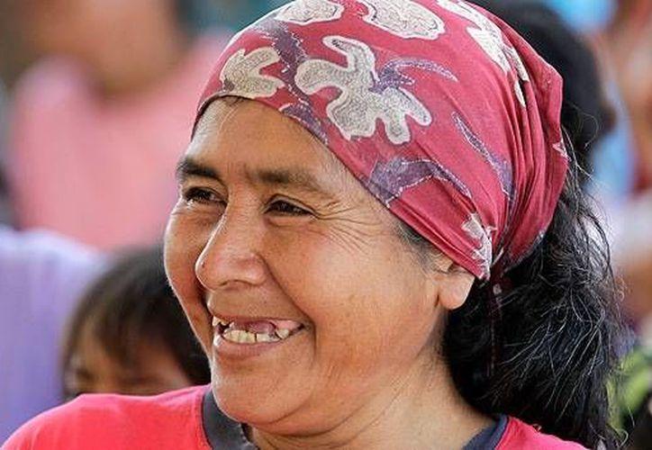 En general, el 70 por ciento de los adultos de todo el mundo admitió que con frecuencia se ríe, sonríe, experimenta emociones positivas. (Archivo/Reuters)
