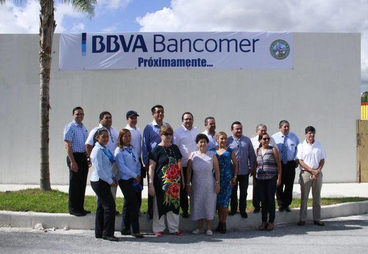 La sucursal BBV-Bancomer en Puerto Morelos fue inaugurada el 16 de diciembre. (Tomás Álvarez/SIPSE)