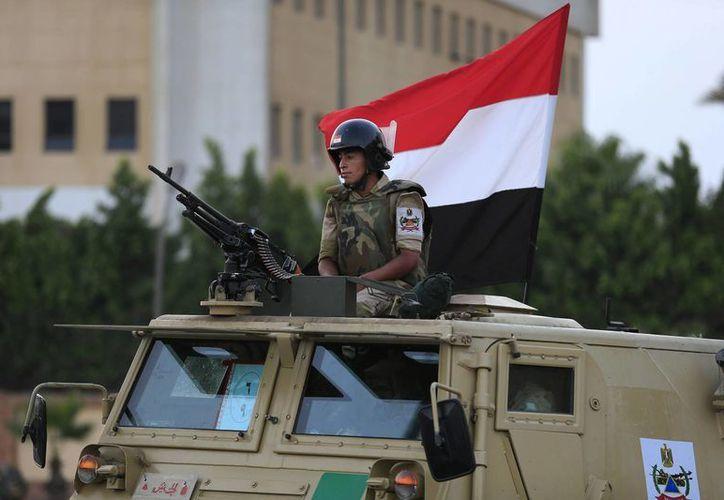El despliegue es parte de un plan de los militares para reforzar su control de las instituciones más importantes del país. (Agencias)
