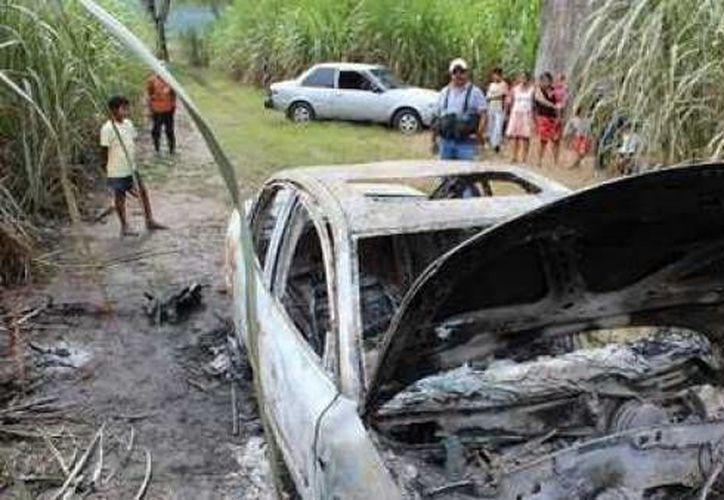 Los cuerpos y el taxi fueron encontrados en una zona rural de la ciudad de San José del Guaviare. (prensalibre.com)