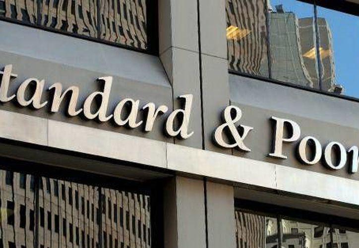 """Standard & Poor's advirtió del impacto negativo que pueden tener en el desempeño de América Latina otros """"factores externos"""". (Archivo/EFE)"""