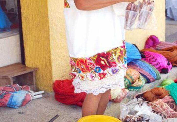 Sólo 218 personas hablan maya como lenguaje de origen. (Tomás Álvarez/SIPSE)