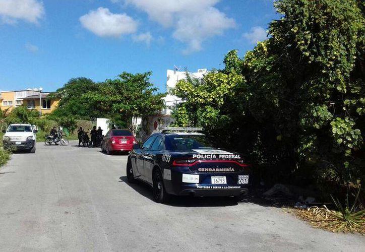 Los elementos policíacos realizaron un operativo de búsqueda, pero no encontraron al sujeto. (Eric Galindo/SIPSE)