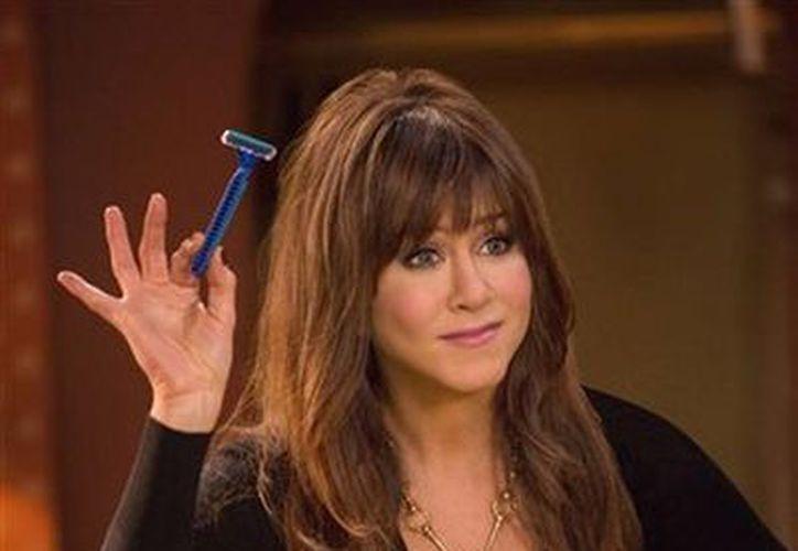 Jennifer Aniston en el papel de la dentista Julia Harris en la comedia 'Horrible Bosses 2'. (Agencias)