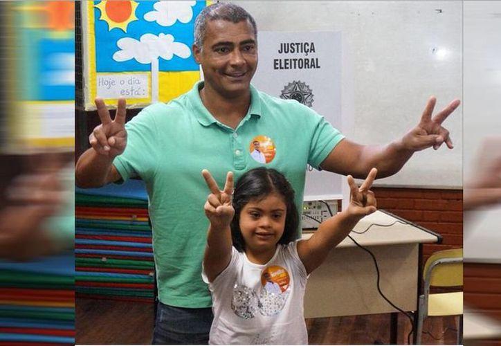 Romario tiene una hija con discapacidad y una de sus principales causas ha sido mejorar la condición de los minusválidos. (Instagram/Romário Faria)
