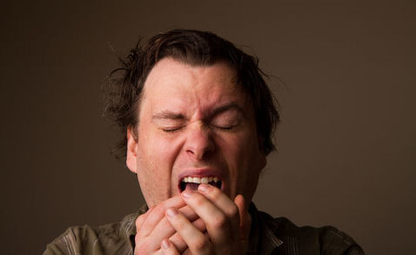 El estornudo fue tan fuerte que le rompió la faringe y la cavidad con membranas en la parte posterior de la boca. (RT)