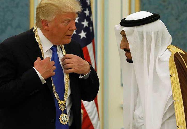 """La Casa Blanca apuntó que estos acuerdos muestran """"de la manera más clara posible"""" el compromiso de Estados Unidos con su alianza con Arabia Saudita y los países del Golfo Pérsico. (Excelsior)"""