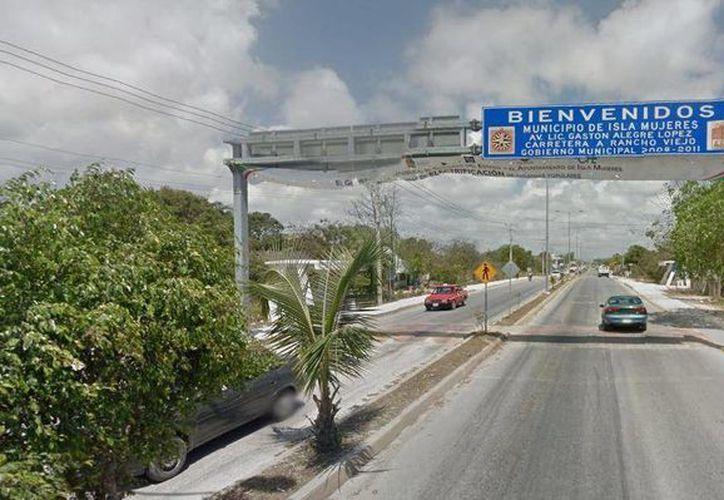 El septuagenario se perdió en una parcela en la zona continental de Isla Mujeres. (Eric Galindo/SIPSE)