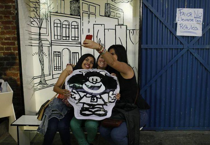 """La muestra interactiva 'El mundo según Mafalda' invita a un viaje por sus 50 años de historia y donde jóvenes y adultos podrán deleitarse con sus """"tiernas irreverencias"""". (EFE)"""