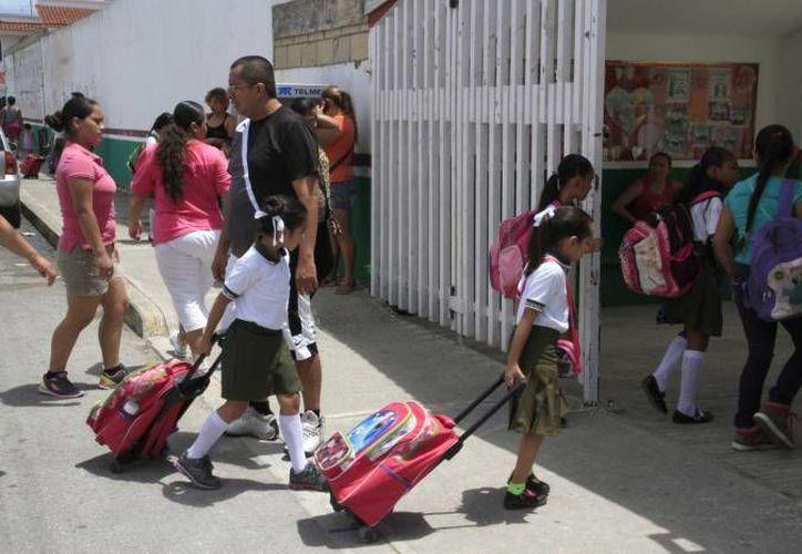 El dos de enero, volvió a las aulas el 11 por ciento de las escuelas en todo el Estado. (Foto: Contexto: Redacción)