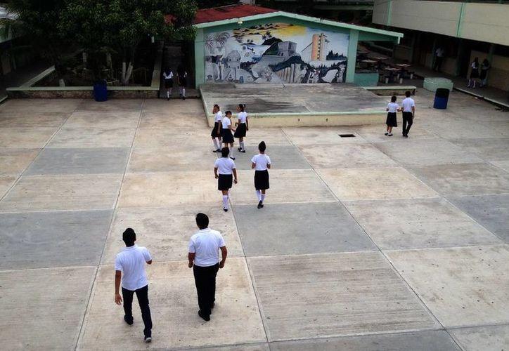El Centro de Estudios Tecnológicos del Mar de Cancún duplicó el número de estudiantes inscritos. Cortesía)