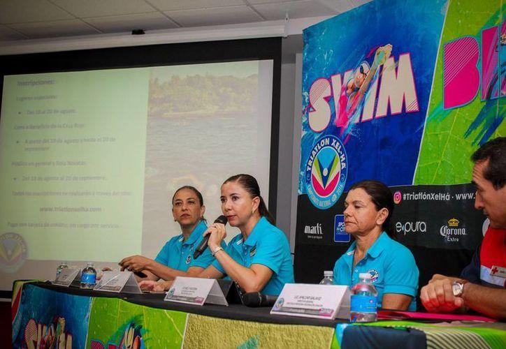 El evento deportivo fue presentado en una conferencia de prensa. (Raúl Caballero/SIPSE)