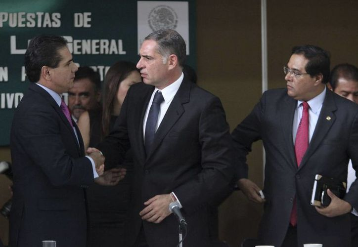 El mandatario Gabino Cué recibió un reporte pormenorizado de la manifestación, pero no ordenó diluirla. (Notimex/Archivo)