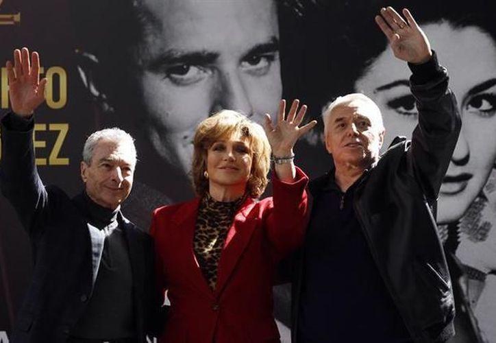 """César Costa, Angélica María y Enrique Guzmán anunciaron su espectáculo """"Juntos por última vez"""". (Foto: Auditorio Nacional)"""