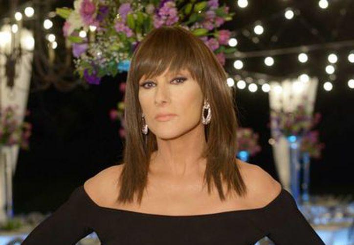 """En """"La Impostora"""", Christian Bach dará vida a """"Raquel Altamira"""", una villana de telenovela que le permitirá transformar radicalmente su imagen. (Notimex)"""