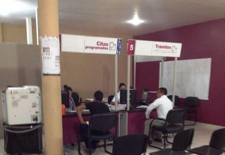 El INE ya abrió la convocatoria para acreditarse como observador electoral.  (Juan Cano/SIPSE)