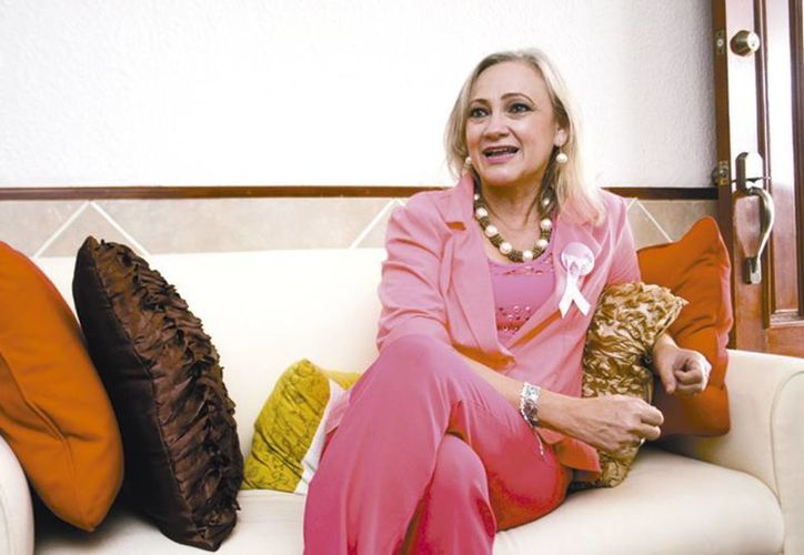 Patricia Cabrera Rivero, cuenta su experiencia como sobreviviente de un padecimiento oncológico. (Milenio Novedades)