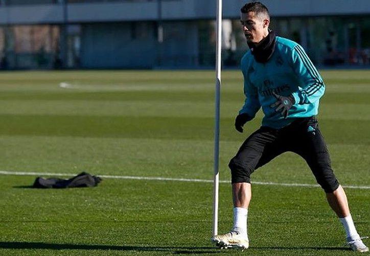 Cristiano Ronaldo regresó a los entrenamientos para enfrentar al Barcelona. (Twitter/Real Madrid)