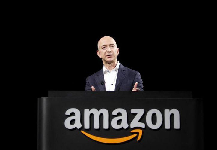 La semana pasada, Bezos vendió acciones de Amazon por 185 mdd. (Foto: Internet)