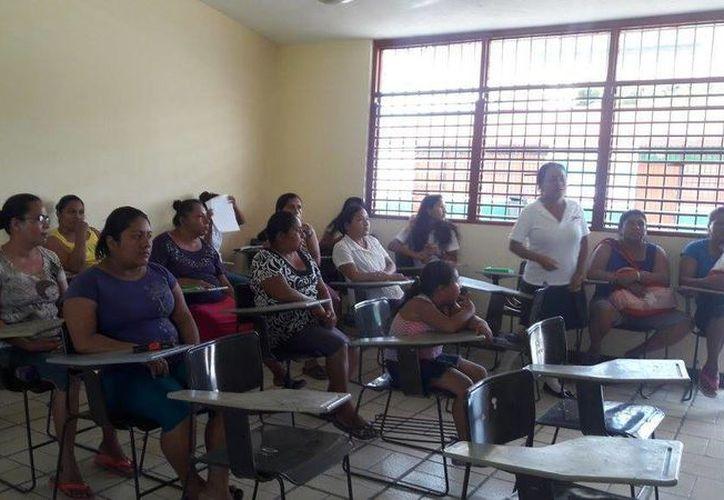 En la pasada evaluación, 26 docentes no resultaron idóneos. (Eddy Bonilla/ SIPSE)