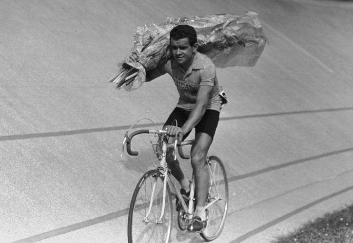 El ciclista francés Roger Walkowiak conquistó el Tour de Francia a sus 32 años, en el año de 1959.(Foto tomada de El País.com)