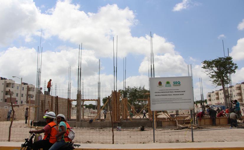 Debido a la falta de recursos federales, el estado atraviesa una apretada situación financiera; varios rubros han sido afectados, como la infraestructura educativa. (Paola Chiomante/SIPSE)