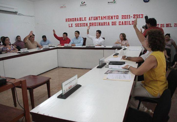 El Cabildo durante una sesión ordinaria. (Julián Miranda/SIPSE)