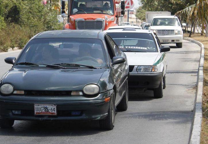 Existen más de 200 mil vehículos en el municipio de Benito Juárez. (Israel Leal/SIPS)