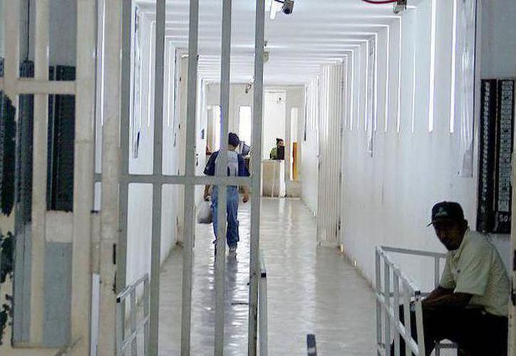 El juez no validó la detención de los acusados de robo con violencia y ordenó su inmediata liberación. (SIPSE)