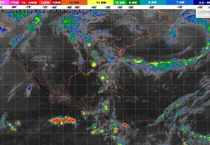 Se prevé un cielo nublado por la tarde con tormentas puntuales fuertes en Yucatán y Quintana Roo. (Conagua)