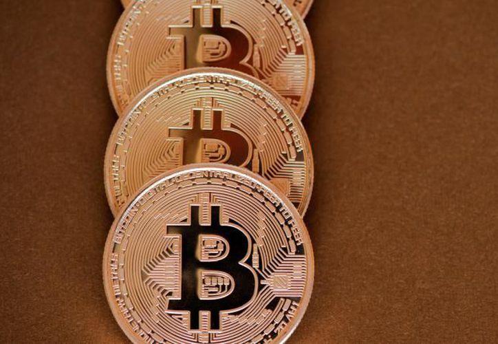La criptomoneda cotizaba a unos 8,100 dólares este miércoles. (Expansión)