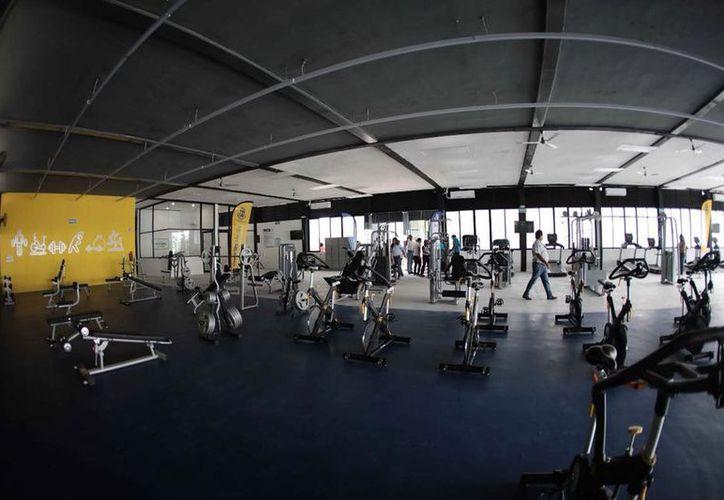 Los vecinos de la zona estrenaron el gimnasio. (Facebook/ Ayuntamiento de Mérida)
