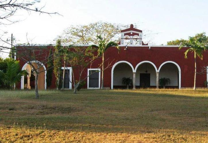 Imagen de la Hacienda Yunku ubicada a  40 minutos de Mérida  en la carretera Mucuyché- Sacalum. (Facebook Hacienda Yunku)