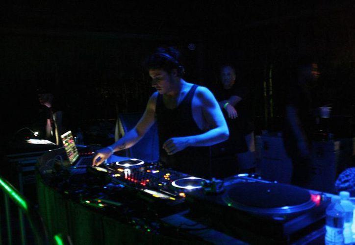 Será hasta el próximo domingo cuando la fiesta de música electrónica concluya. (Octavio Martínez/SIPSE)